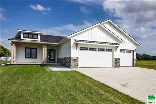 Photo of 600 Jace Rd, Sergeant Bluff, IA 51054 (MLS # 804835)