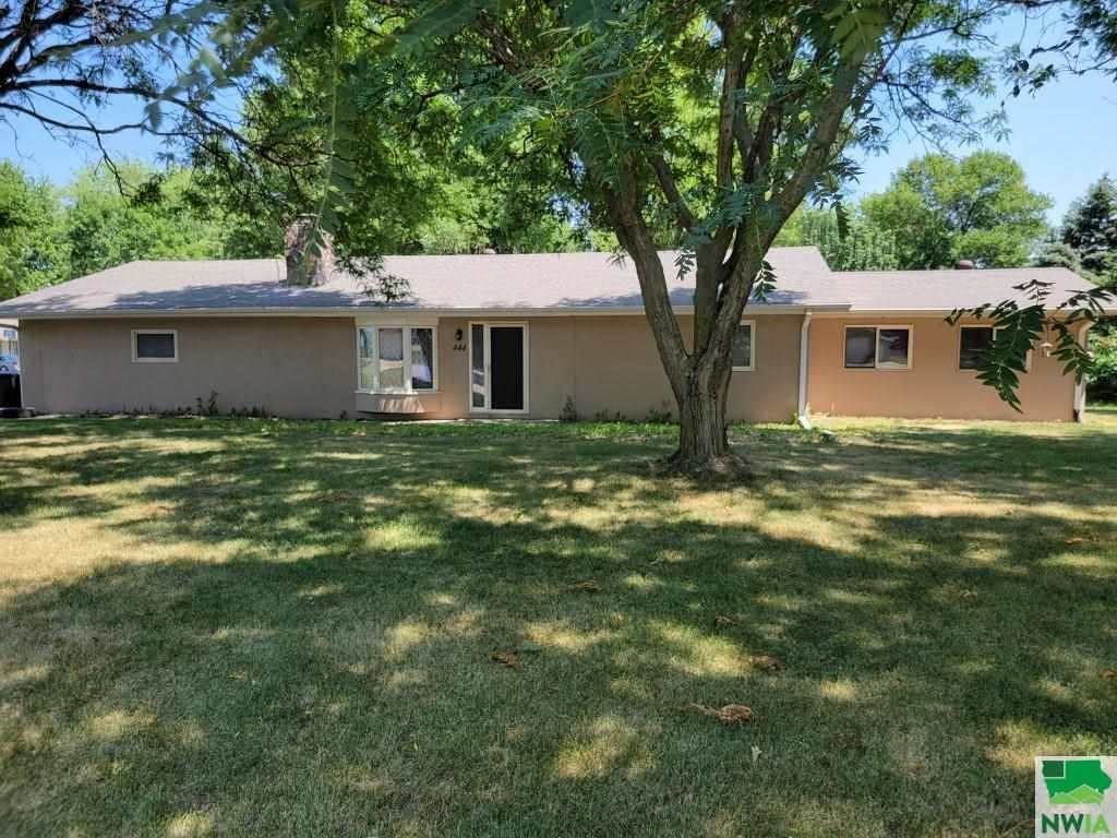 Photo for 444 6th Ave. NW, Sioux Center, IA 51250 (MLS # 813844)