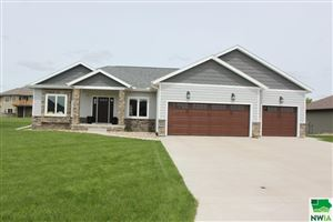 Photo of 1040 Colonial Street, Sioux Center, IA 51250 (MLS # 803849)
