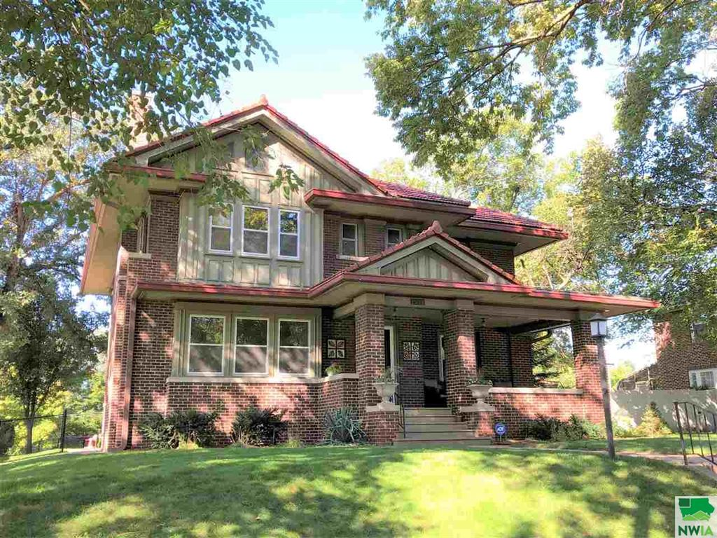 Photo for 1911 Summit, Sioux City, IA 51104 (MLS # 806880)