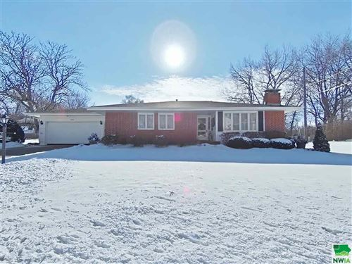Photo of 3908 Seger Avenue, Sioux City, IA 51106 (MLS # 811892)