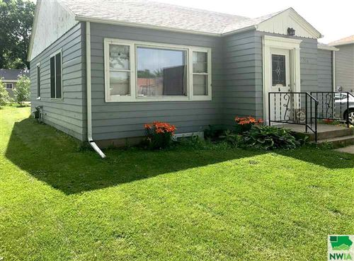Photo of 319 Central Ave NE, Orange City, IA 51041 (MLS # 805910)