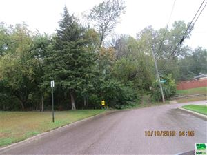 Photo of 1604 31st St., Sioux City, IA 51104 (MLS # 806912)