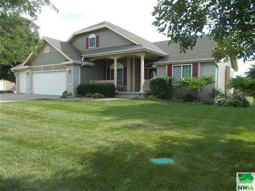 Photo of 847 Brookside, Jefferson, SD 57038 (MLS # 806931)