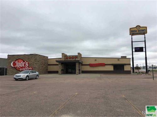 Photo of 3828 Stadium Drive, Sioux City, IA 51106 (MLS # 811938)