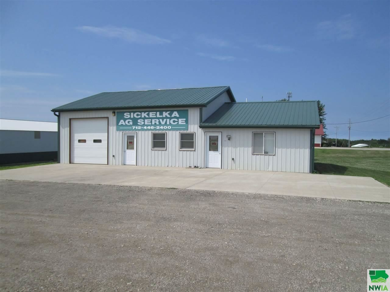Photo for 400 + 410 E Southern St., Sutherland, IA 51058 (MLS # 809957)