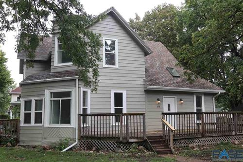 Photo of 812 W 16th St, Sioux Falls, SD 57104 (MLS # 22106011)