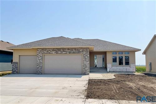 Photo of 6500 S Badlands Ave, Sioux Falls, SD 57108 (MLS # 22102076)