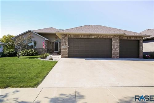 Photo of 3709 S Camellia Ave, Sioux Falls, SD 57110 (MLS # 22106146)