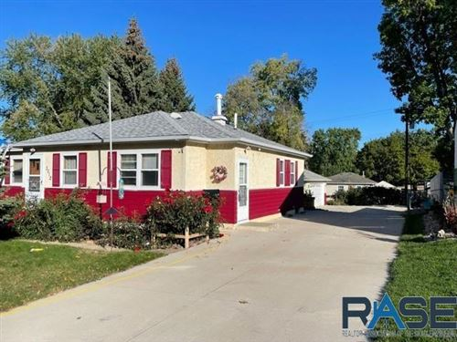 Photo of 3012 E 18th St, Sioux Falls, SD 57103 (MLS # 22106189)