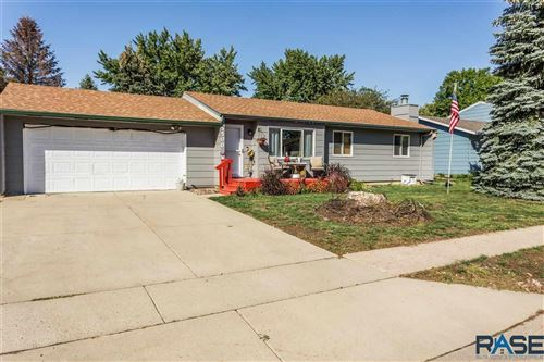 Photo of 5500 W 23rd St, Sioux Falls, SD 57106 (MLS # 22106194)