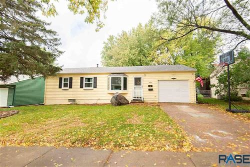 Photo of 3404 E 24th St, Sioux Falls, SD 57103 (MLS # 22106227)