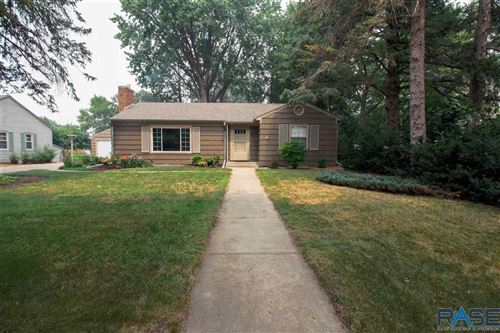 Photo of 1804 W 18th St, Sioux Falls, SD 57105 (MLS # 22106229)
