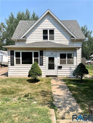 Photo of 418 W Bailey Ave, Sioux Falls, SD 57104 (MLS # 22106248)