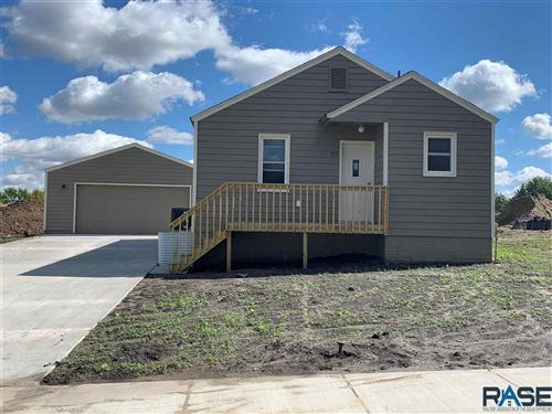 Photo of 712 S Sneve Ave, Sioux Falls, SD 57103 (MLS # 22106275)