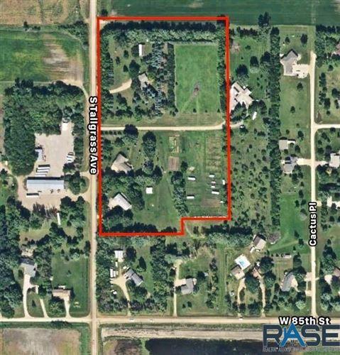 Photo of Tallgrass Ave, Sioux Falls, SD 57108 (MLS # 22104512)