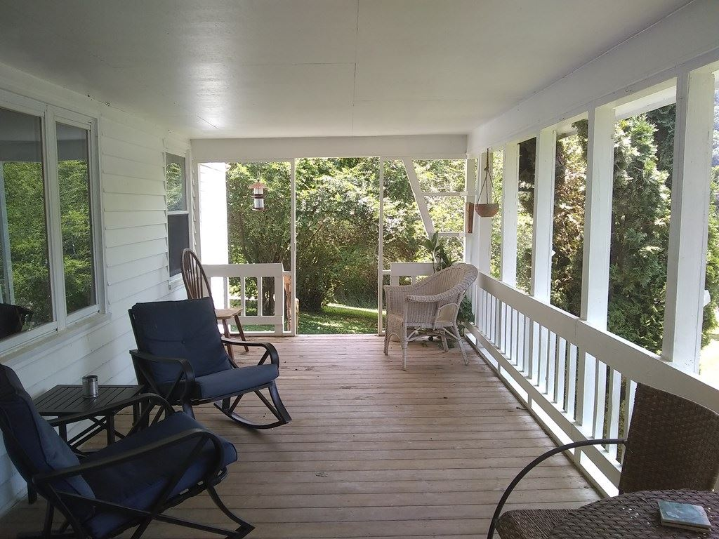 Photo of 3475 Jones Cove Road, Sevierville, TN 37876 (MLS # 244128)