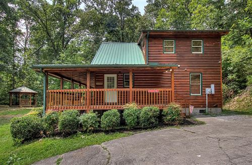Photo of 3201 Tanglewood Drive, Sevierville, TN 37876 (MLS # 244195)
