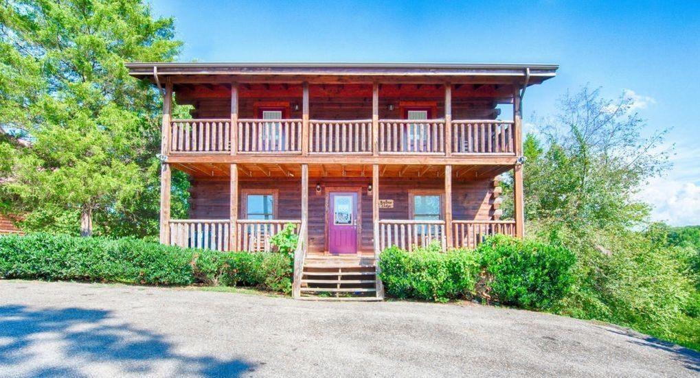 Photo of 1520 RAINBOW RIDGE WAY, Sevierville, TN 37862 (MLS # 243237)