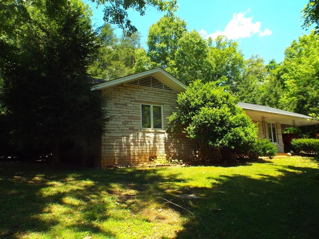 Photo of 3524 Wears Valley Rd, Sevierville, TN 37876 (MLS # 243241)