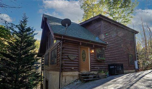Photo of 237 Edens Way Gratitude Cabin, Sevierville, TN 37876 (MLS # 244280)
