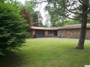 Photo of 334 Park View Circle, Pigeon Forge, TN 37863 (MLS # 222480)