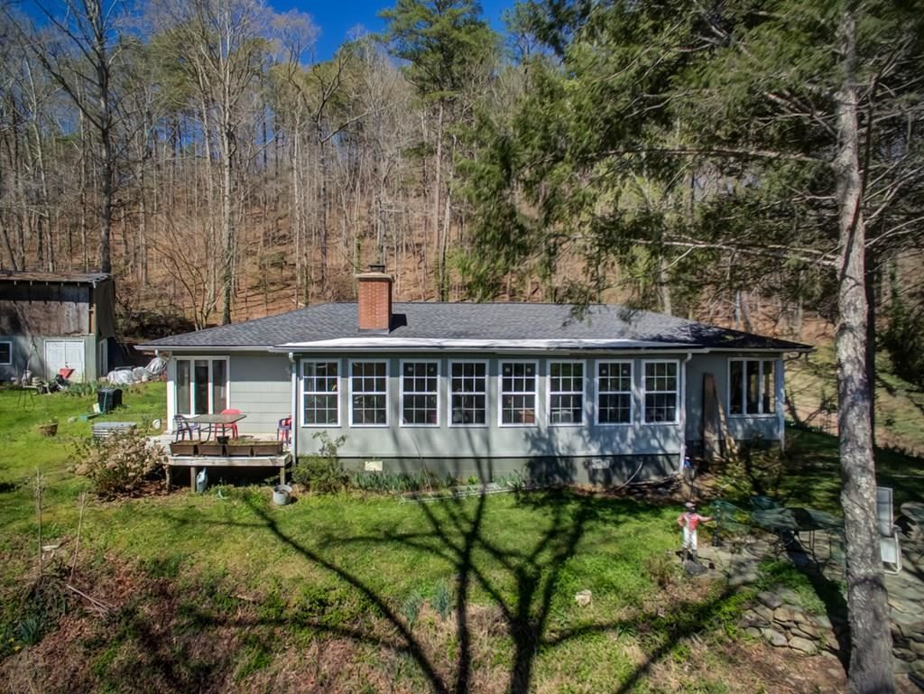 Photo of 2616 & 2620 Wears Valley Rd, Sevierville, TN 37682 (MLS # 242566)