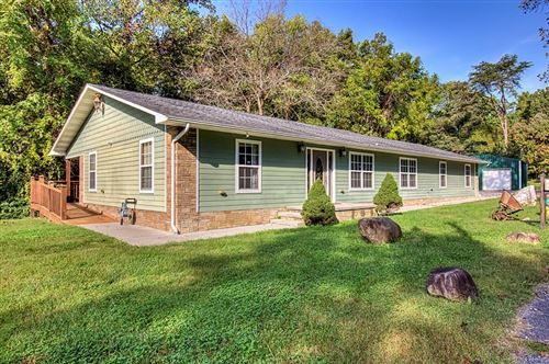 Photo of 2616 Round Top Road, Pigeon Forge, TN 37863 (MLS # 245633)
