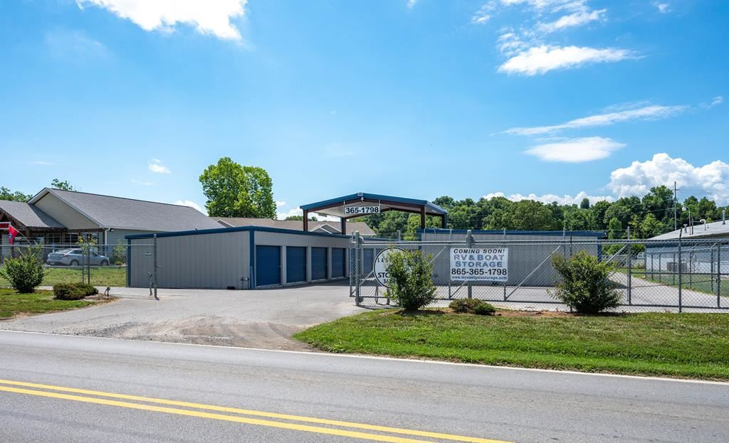 Photo of 719 Eastgate Rd., Sevierville, TN 37862 (MLS # 243890)