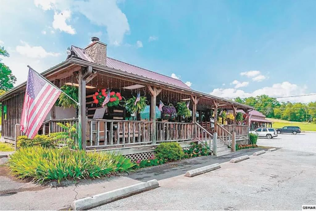 Photo of 3030 Wears Valley Rd., Sevierville, TN 37862 (MLS # 241904)