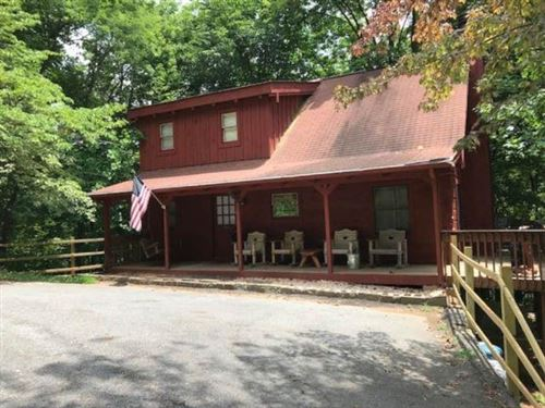 Photo of 1022 View Dr, Sevierville, TN 37876 (MLS # 241924)