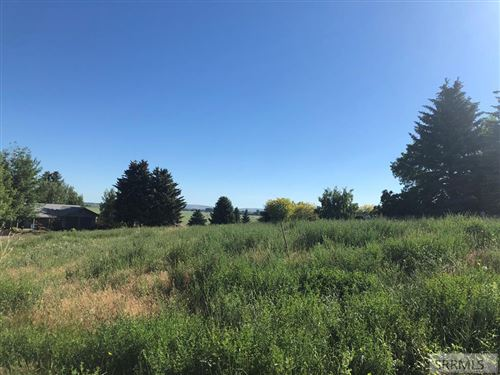 Photo of 11125 S Oakmont Drive, IDAHO FALLS, ID 83404 (MLS # 2133051)