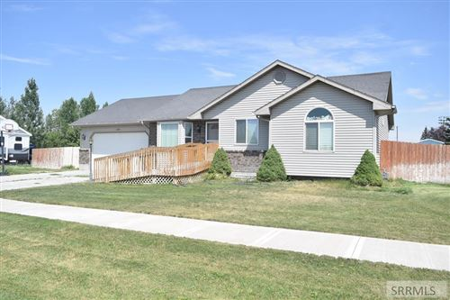 Photo of 3271 E Pinnacle Drive, IDAHO FALLS, ID 83401 (MLS # 2131298)