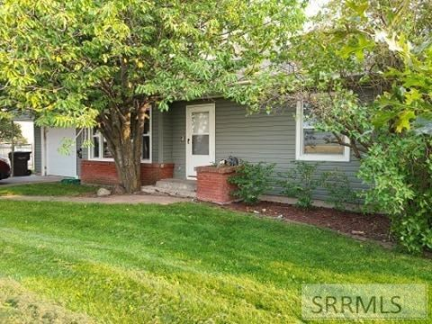 Photo of 2516 E Lincoln Road, IDAHO FALLS, ID 83401 (MLS # 2132326)