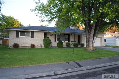 Photo of 1128 Cresent Drive, IDAHO FALLS, ID 83402 (MLS # 2130422)