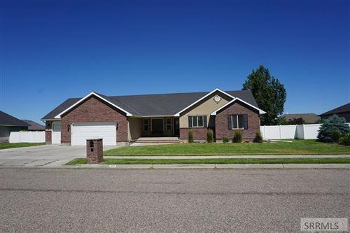 Photo of 3717 E Autumnwood Drive, AMMON, ID 83406 (MLS # 2137440)