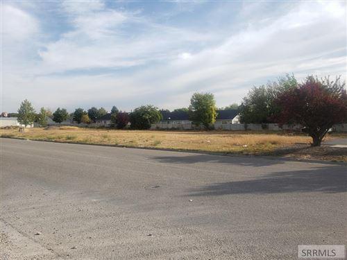 Photo of 3031 McNeil Drive, IDAHO FALLS, ID 83404 (MLS # 2132469)