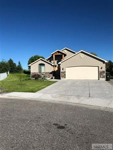 Photo of 654 E Dove Circle, BLACKFOOT, ID 83221 (MLS # 2122628)