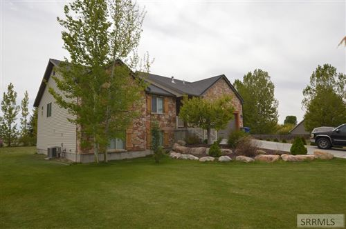 Photo of 693 E 950 N, SHELLEY, ID 83274 (MLS # 2130842)