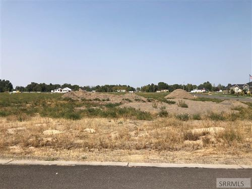 Photo of 1106 Greenside Loop, REXBURG, ID 83440 (MLS # 2131897)