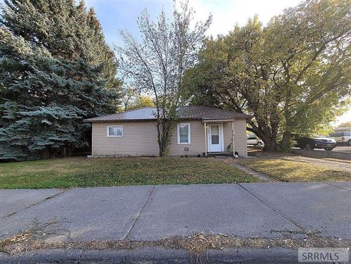 Photo of 520 Cleveland Avenue, IDAHO FALLS, ID 83402 (MLS # 2132982)