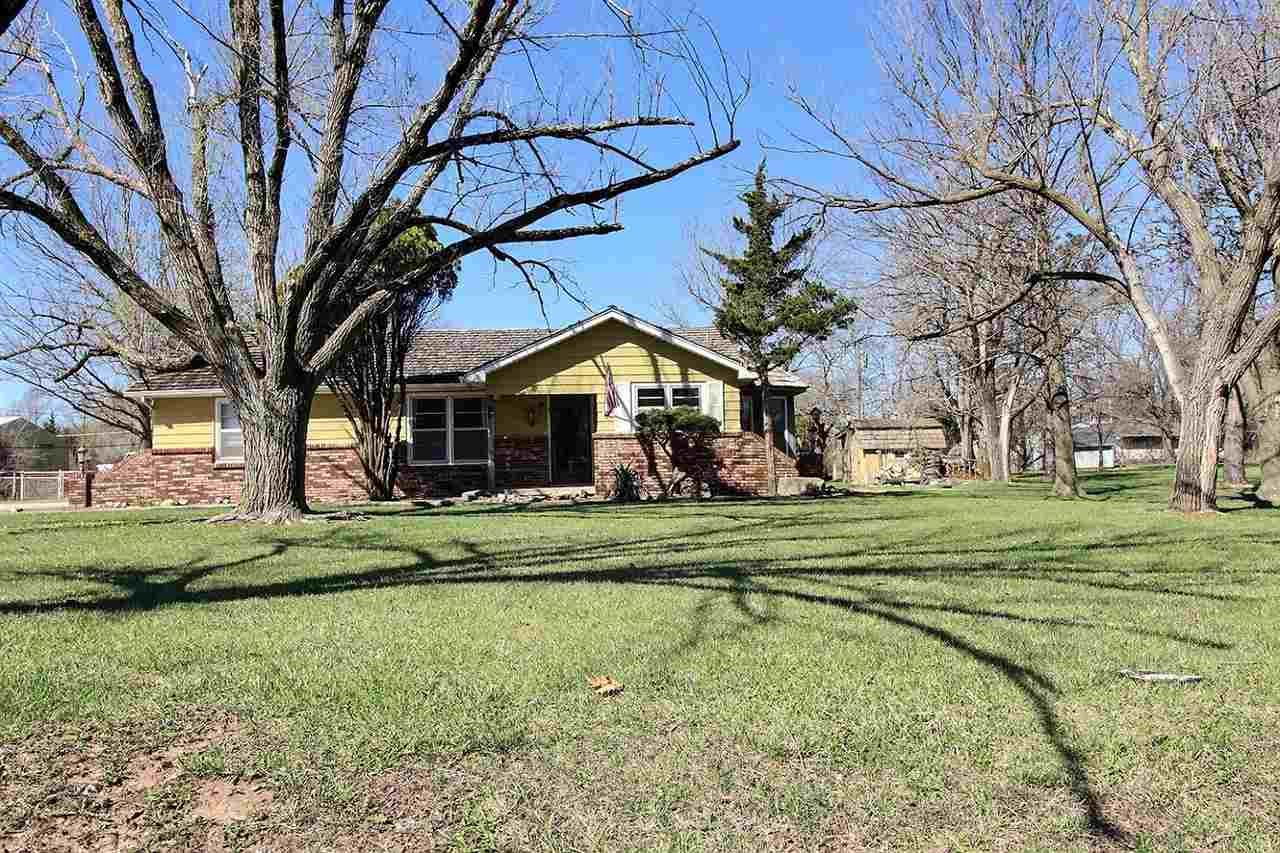 Photo of 1523 S Andover, Andover, KS 67002 (MLS # 593973)