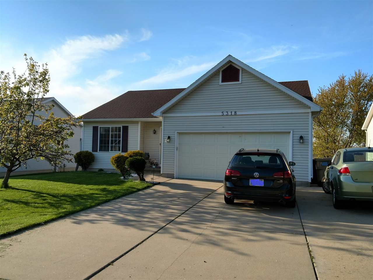 5318 Valley Edge Dr, Madison, WI 53704-8925 - #: 1884002