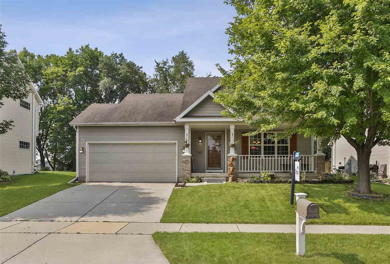 5421 Hazelcrest Dr, Madison, WI 53704 - #: 1887003