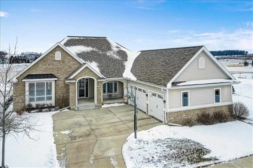 Photo of 833 Walter Run, Waunakee, WI 53597 (MLS # 1900004)