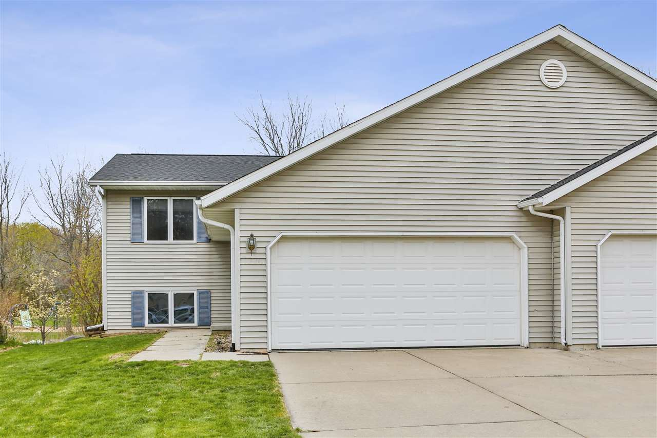 1226 Carpenter St, Madison, WI 53704 - #: 1904006