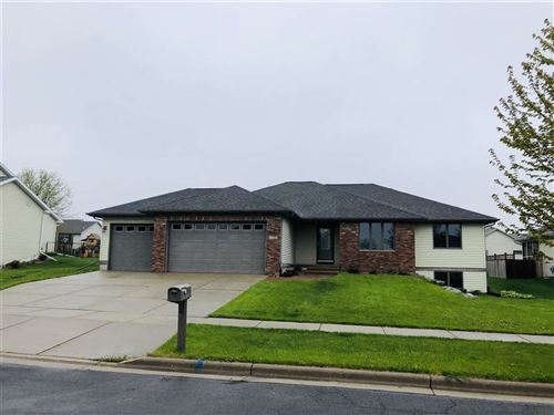 Photo of 668 Hillside Ct, Evansville, WI 53536 (MLS # 1869007)