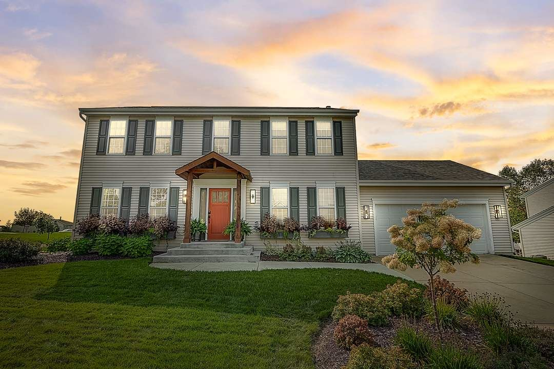 905 Steeplechase Dr, Watertown, WI 53094-7711 - #: 1893007