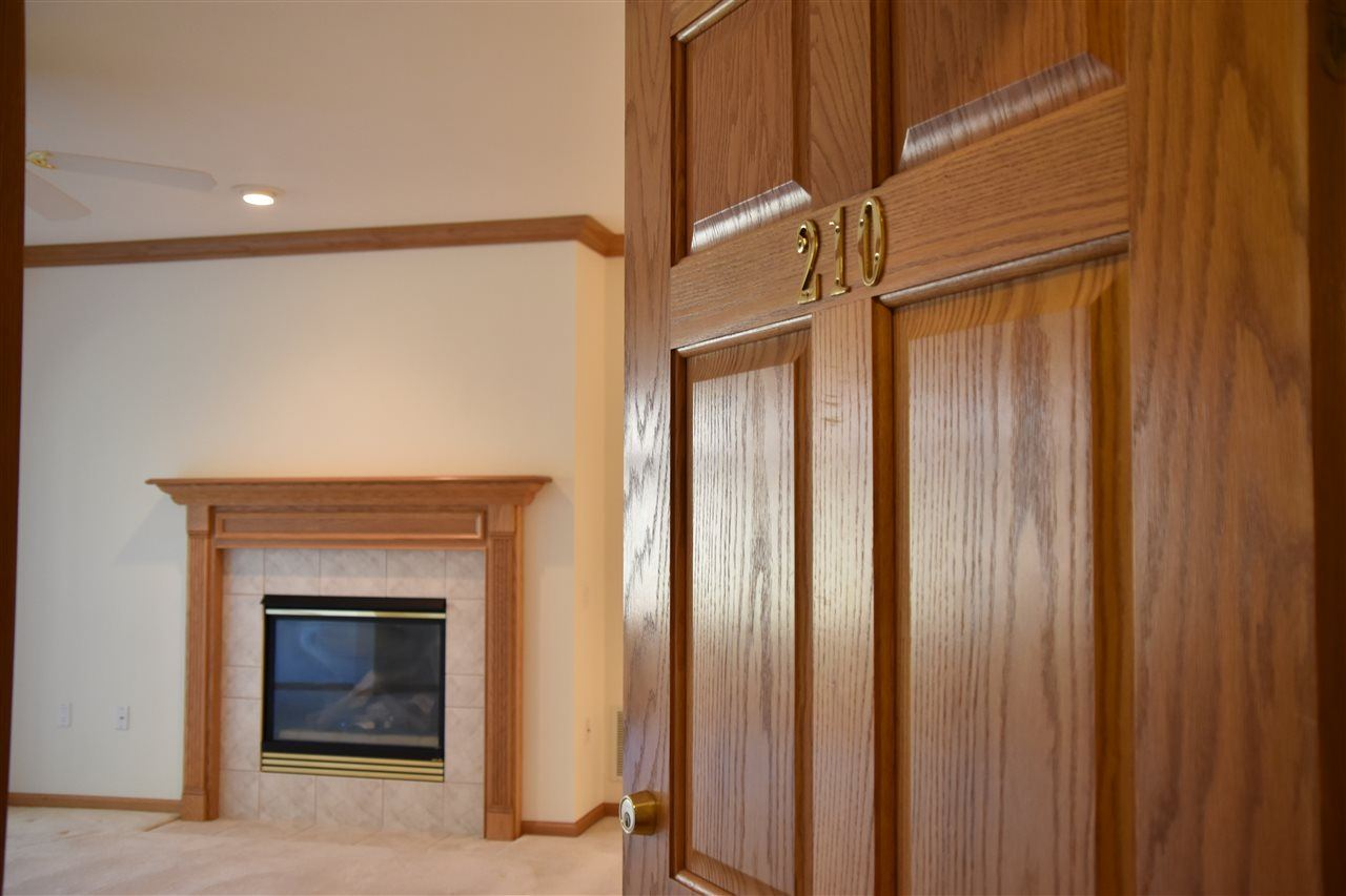 6758 Raymond Rd #210, Madison, WI 53719 - #: 1897011