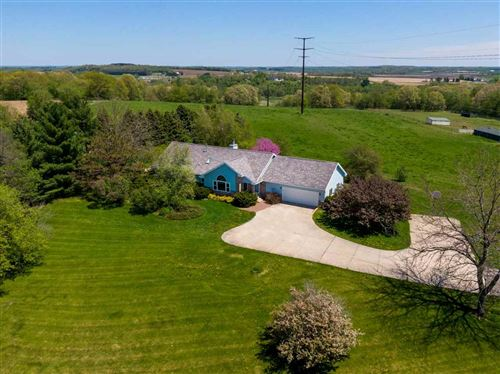 Photo of N8668 County Road O, Waterloo, WI 53594 (MLS # 1875014)